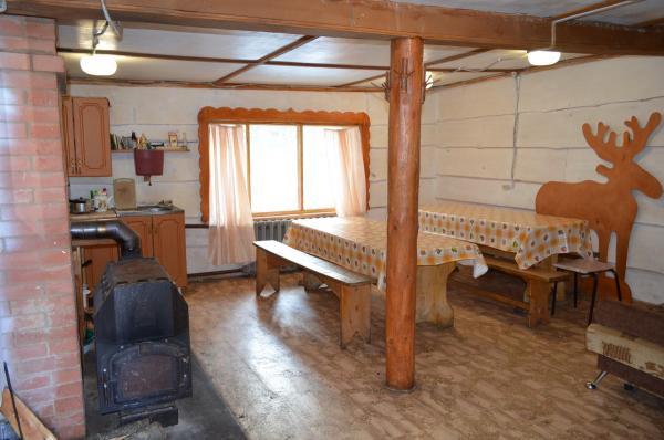 Домик «С печкой» на 10 мест   Зюраткуль